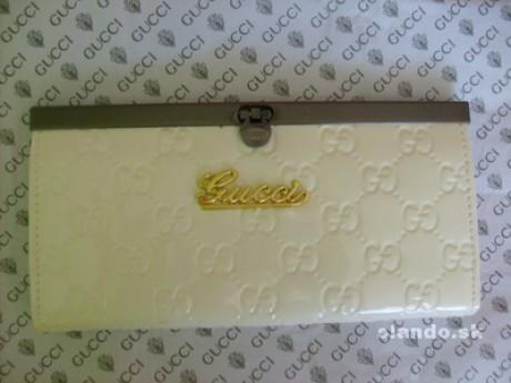 Výzor je vždy dôležitý - Fotoalbum - Peňaženky - Gucci white 4d7a7d5a175